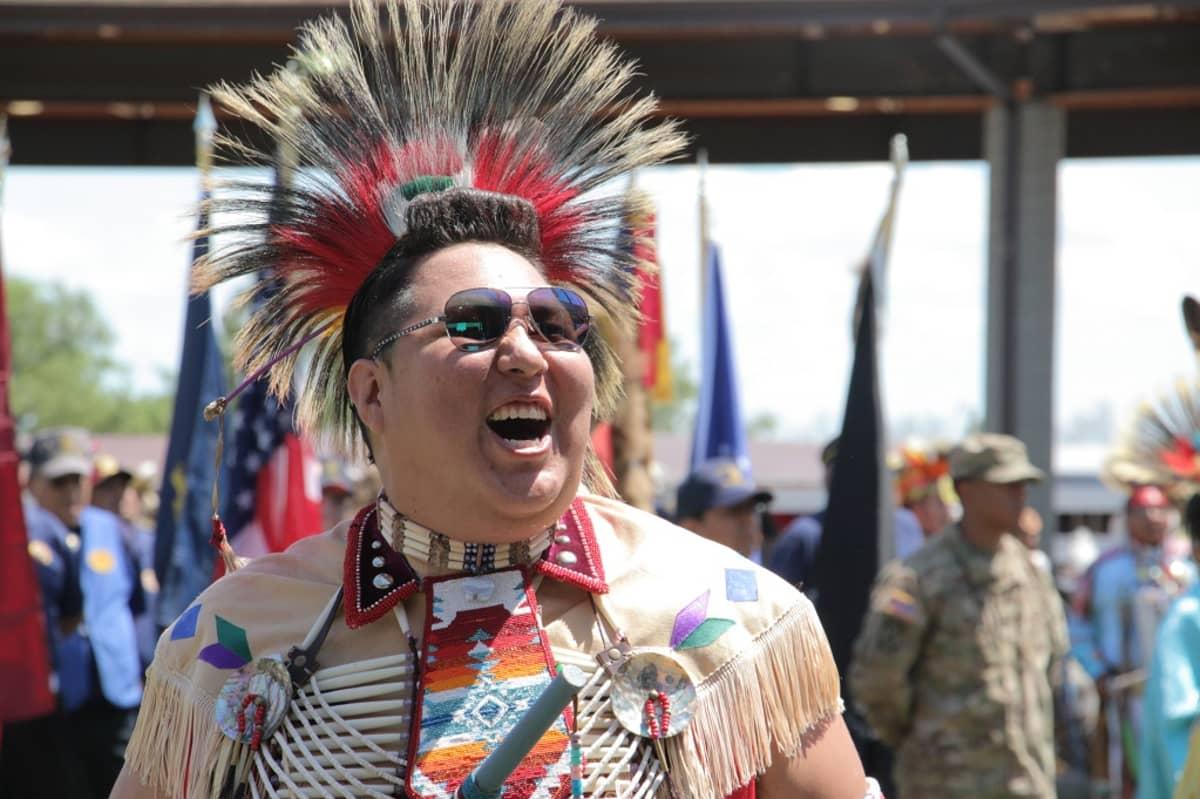 Pohjois-Amerikan alkuperäisväestön käyttämät kielet voisivat välittyä nuorille intiaaneille esimerkiksi kännykkäsovellusten avulla.