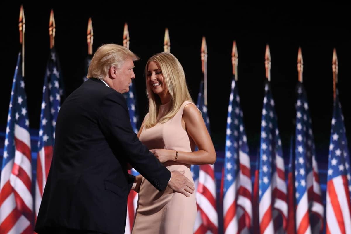 Ivanka Trump piti puheen isästään republikaanien puoluekokouksessa Ohiossa heinäkuussa.