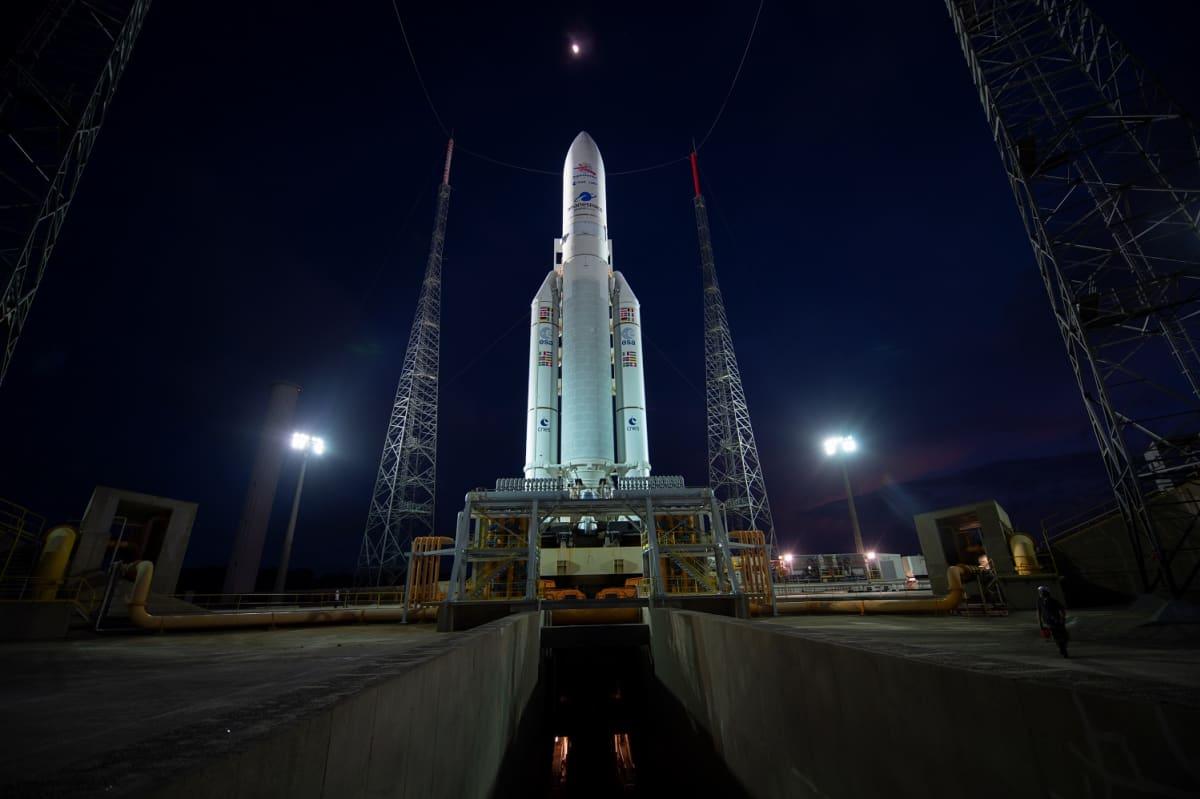 Ariane 5 laukaisualustalla