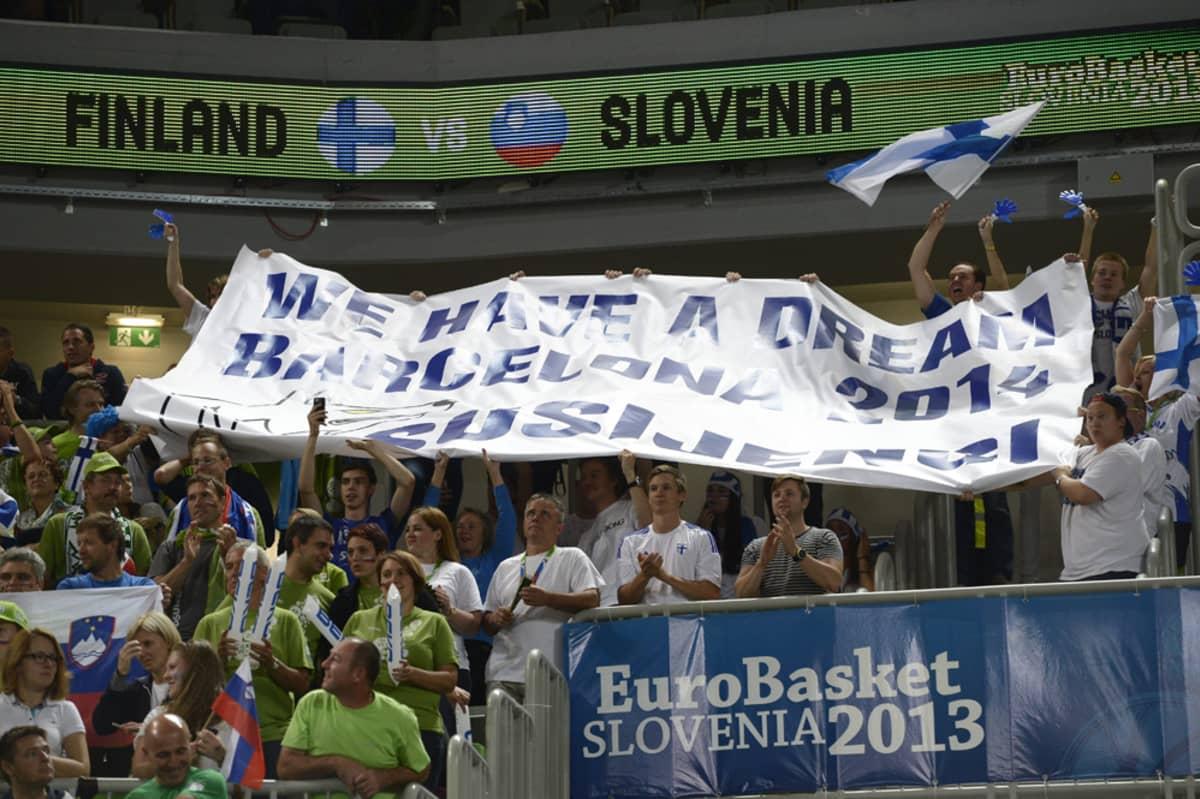 Suomalaiset koripallofanit uskovat vahvasti Suomen vuoden MM-kisapaikkaan.