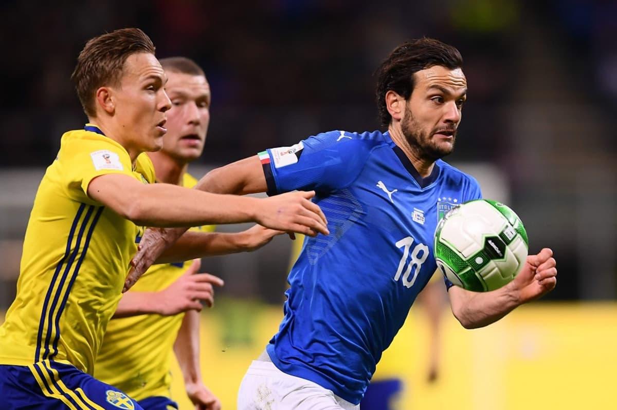 Italia ja Ruotsi kentällä