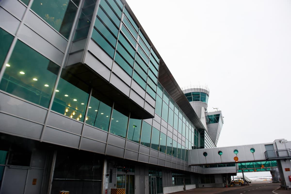 Helsinki-Vantaa lentokenttä lennonjohto
