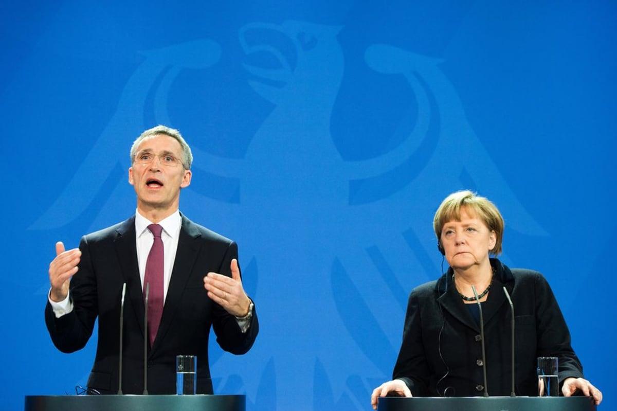 Jens Stoltenberg ja Angela Merkel.