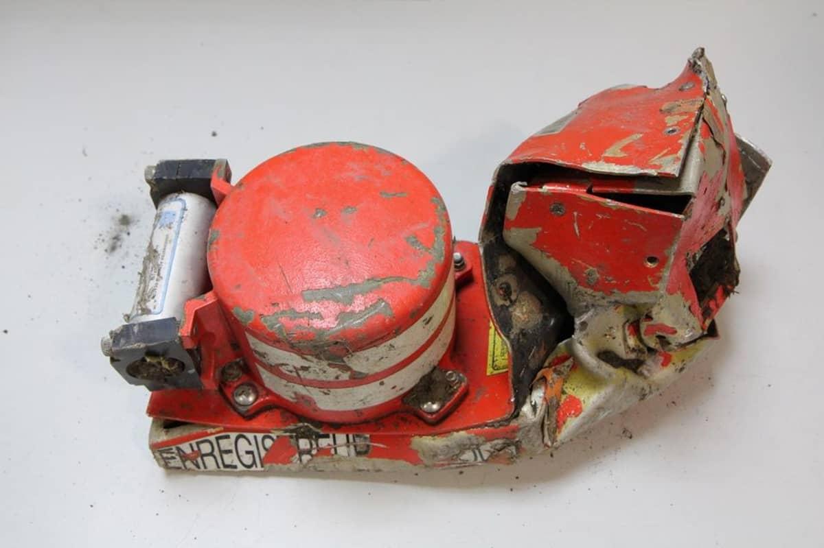 Tuhoutuneen Airbus-koneen äänitallennin