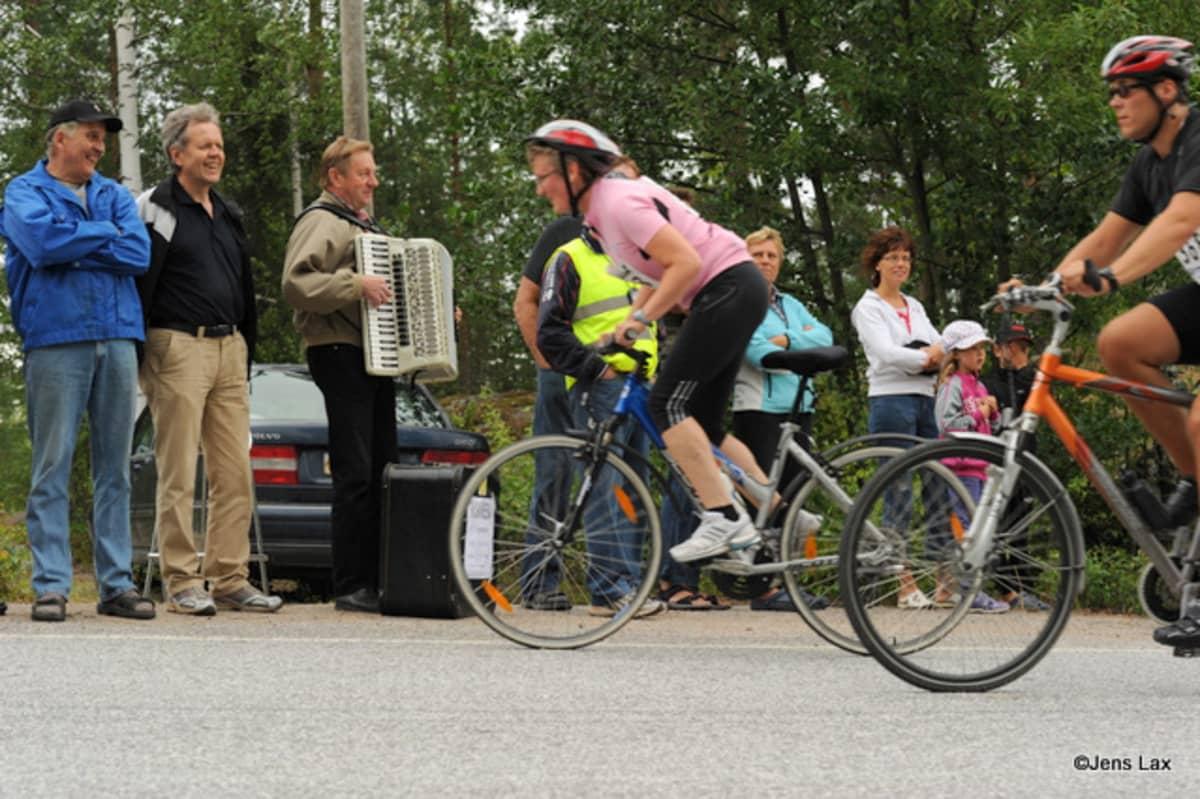 Botniapyöräilyn järjestäjät muistuttavat, että tapahtuma on tarkoitettu sekä kilpa- että harrastepyöräilijöille.