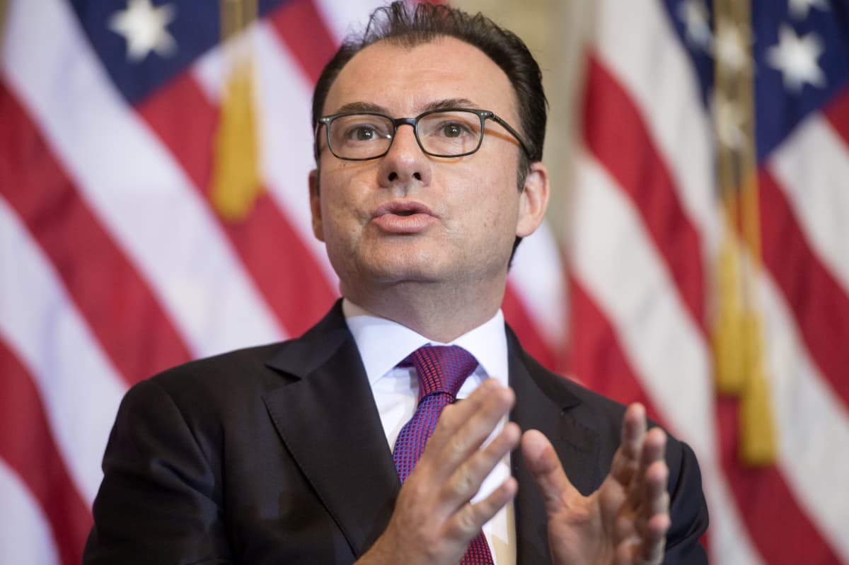Meksikon hallitus tiedotti keskiviikkona, että valtiovaraniministeri Luis Videgaray eroaa tehtävästään.