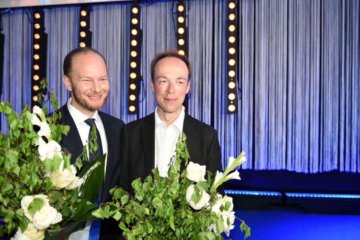 Perussuomalaisten Sampo Terho ja Jussi Halla-aho europarlamenttivaaleissa 25. toukokuuta 2014