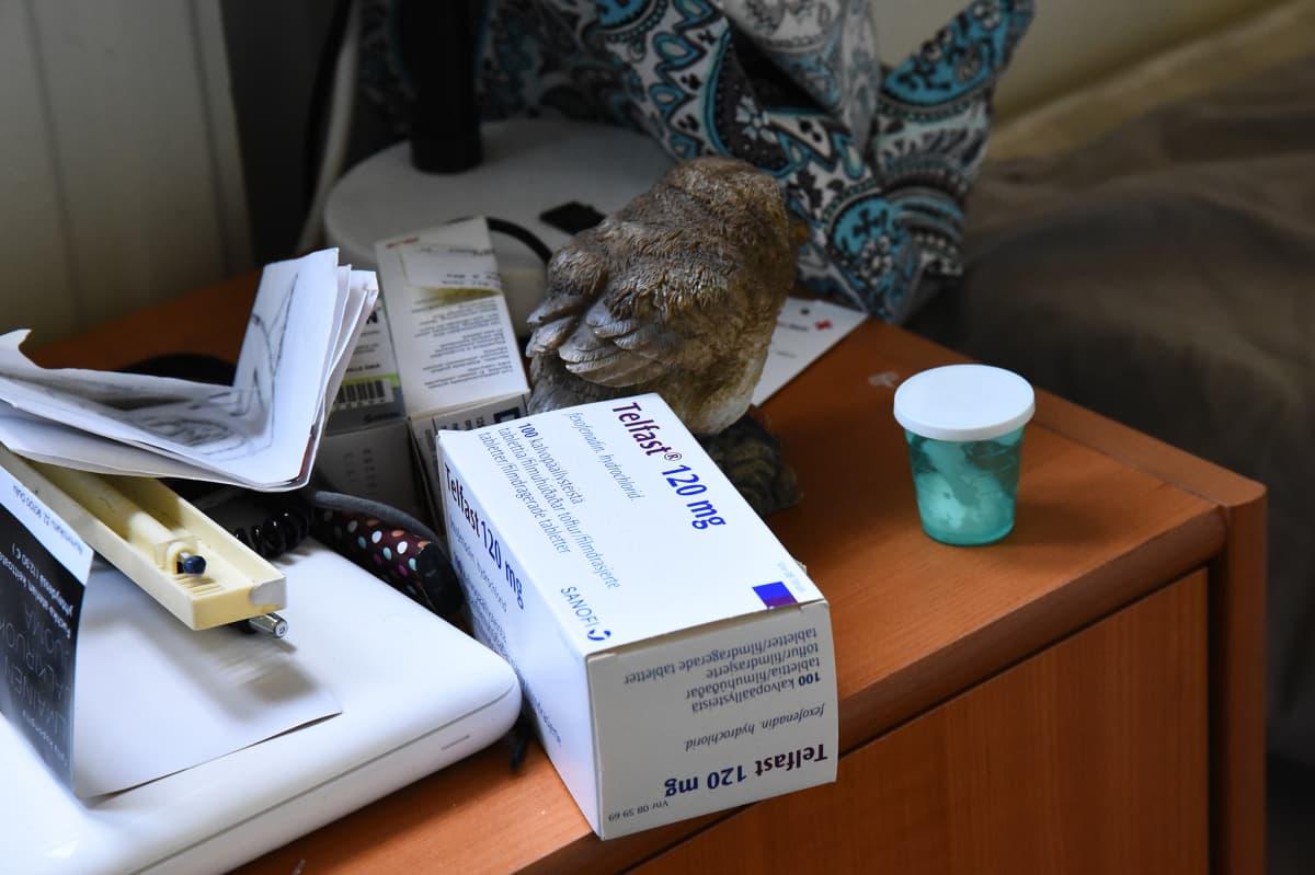 Hometalon asukkailla kuluu allergialääkettä.