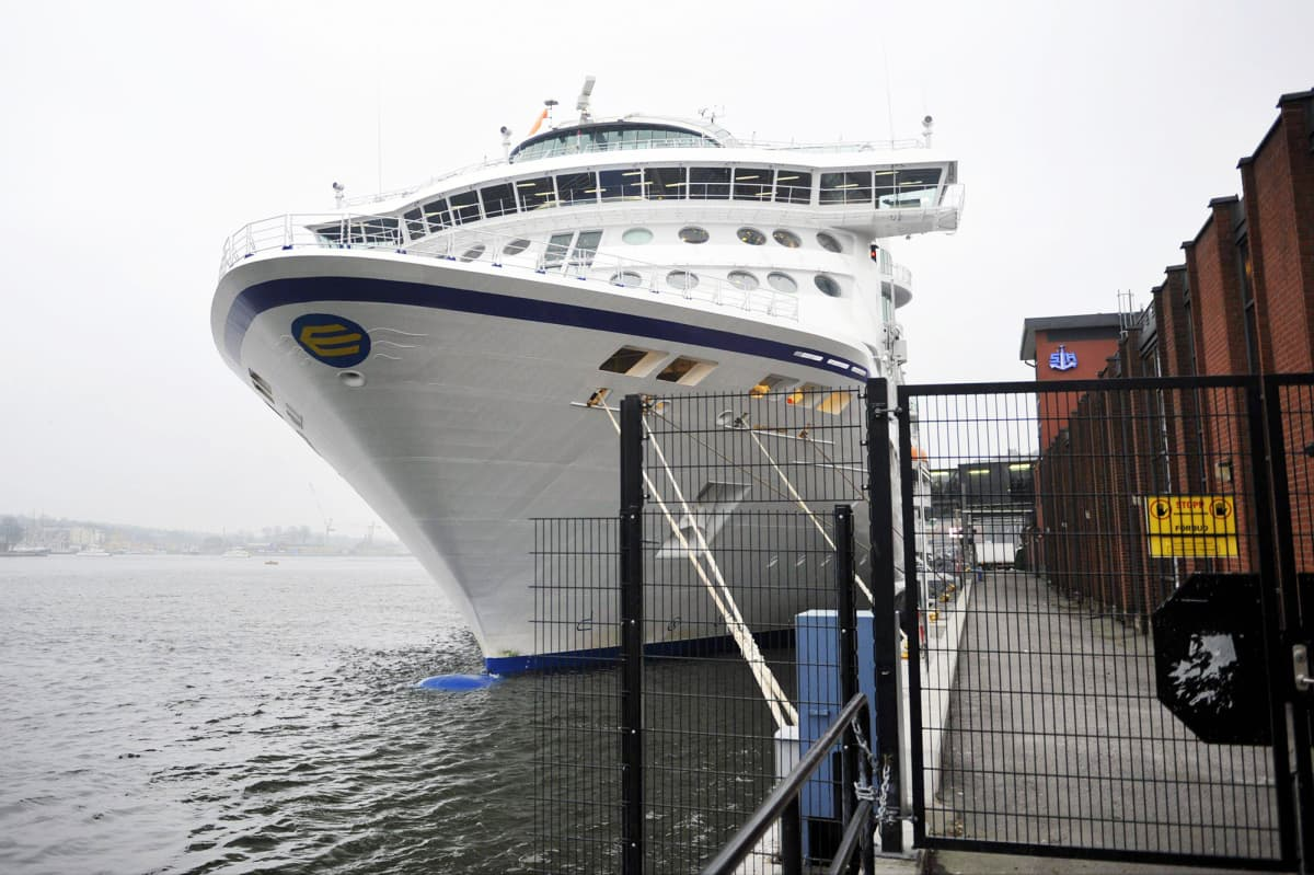 Birka Cruises satamassa Tukholmassa.