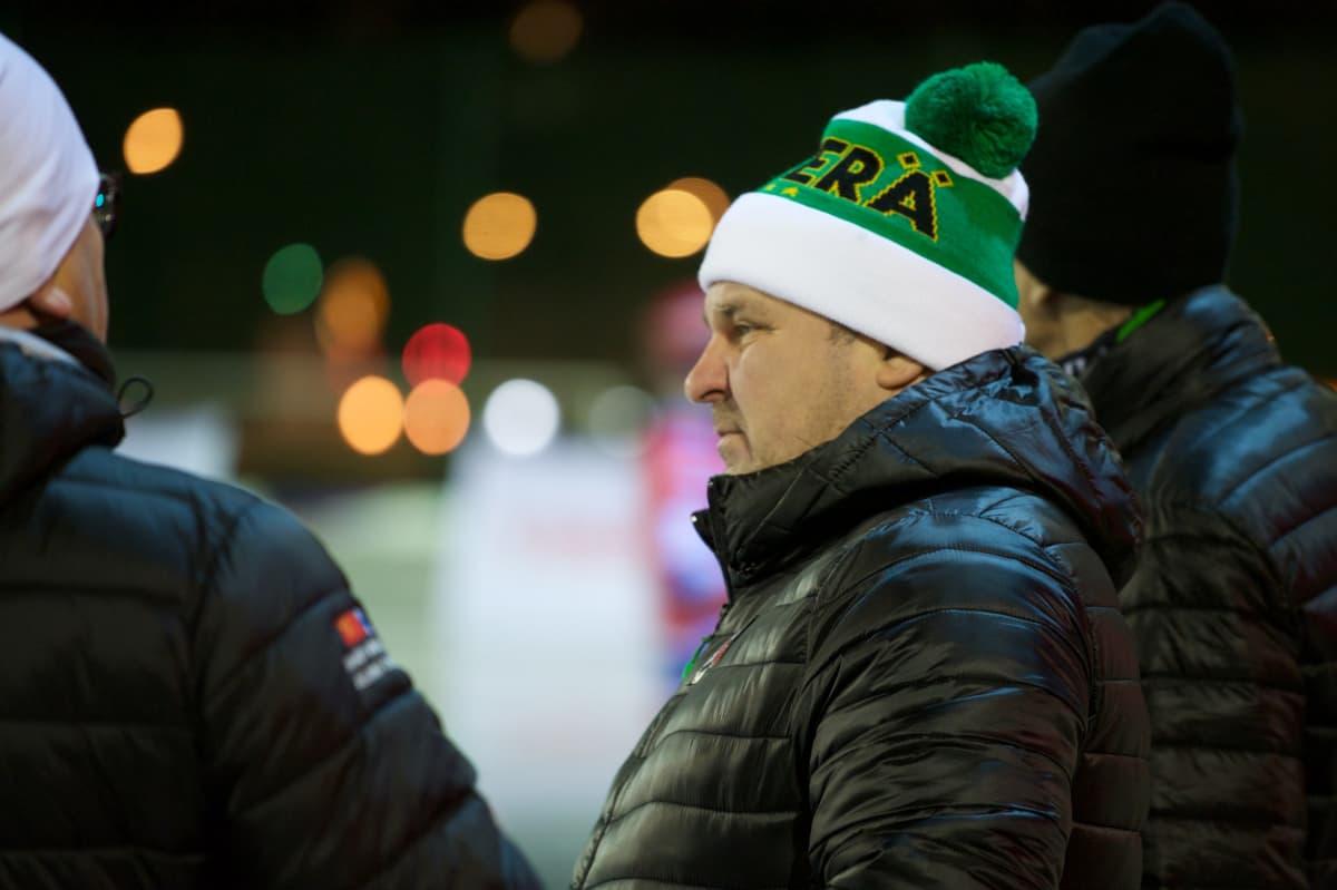Aleksei Nikisov, Veiterä.