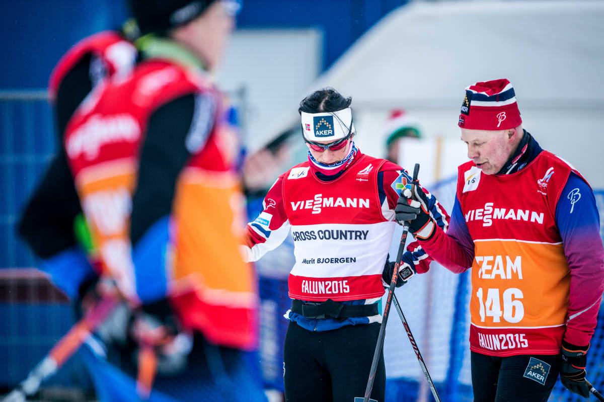 Marit Björgenin (kuvassa) hovivoitelijana muun muassa kunnostautunut Perry Olsson Falunin MM-hiihdoissa vuonna 2015.