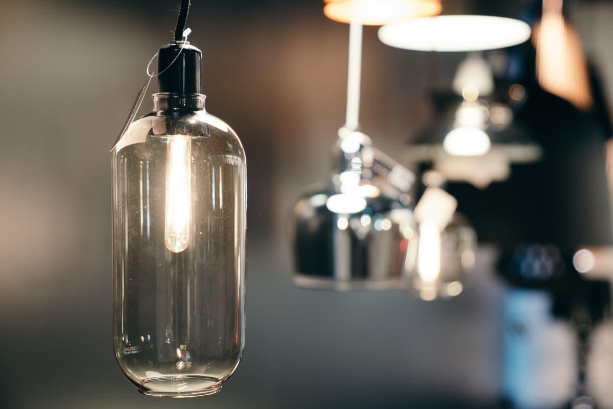 lasivalaisin led-valo valaisin lamppu