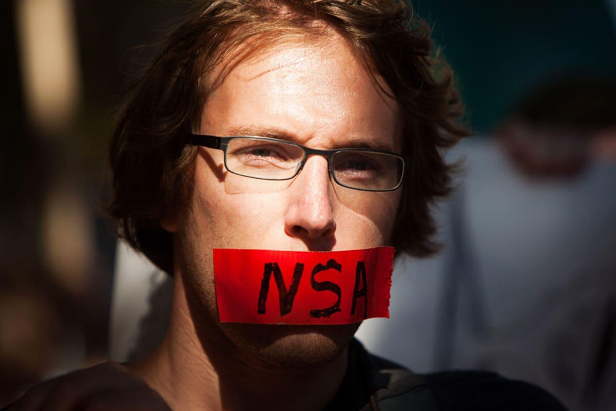 Mielenosoittajat vastustivat NSA:n harjoittamaa teleurkintaa Washingtonissa 27. lokakuuta.