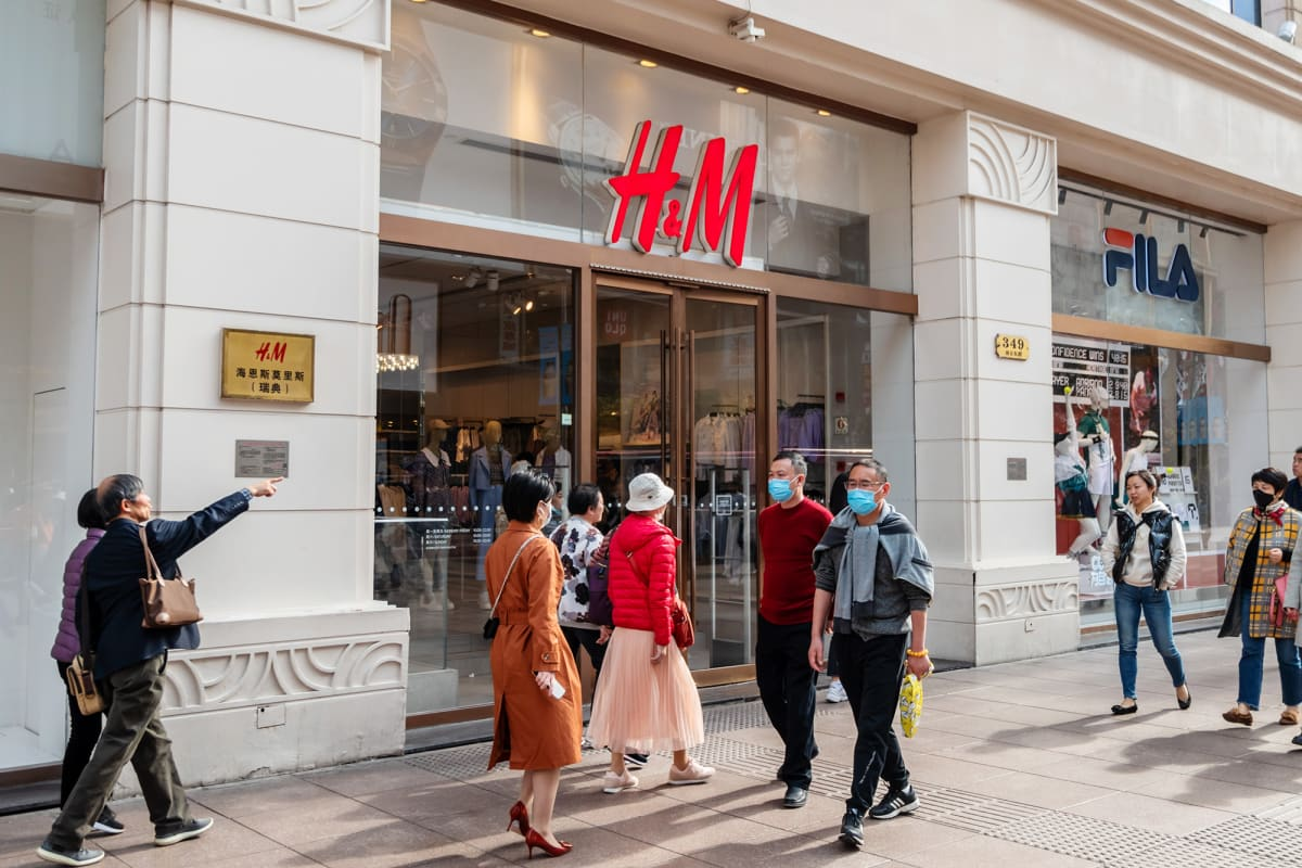 H&M vaatekauppa Shanghaissa.