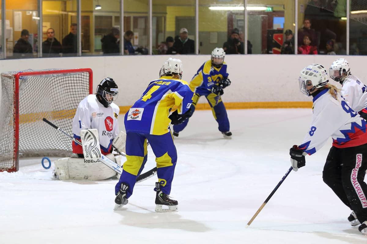 RNK Flyers venytti ringeten Suomen mestaruuden ratkaisun viidenteen peliin NoU:ta vastaan.
