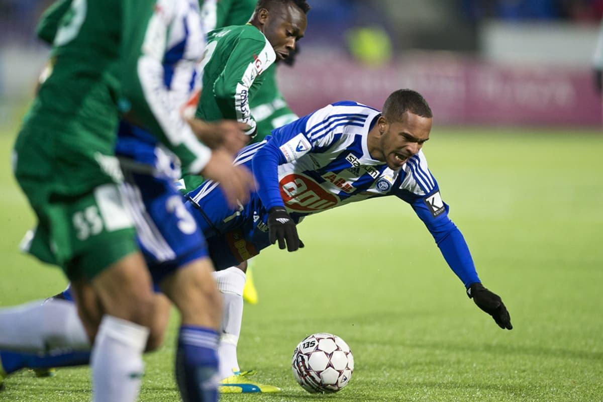 IFK Mariehamnin Anthony Dafaa Clement ja HJK:n Nikolai Alho