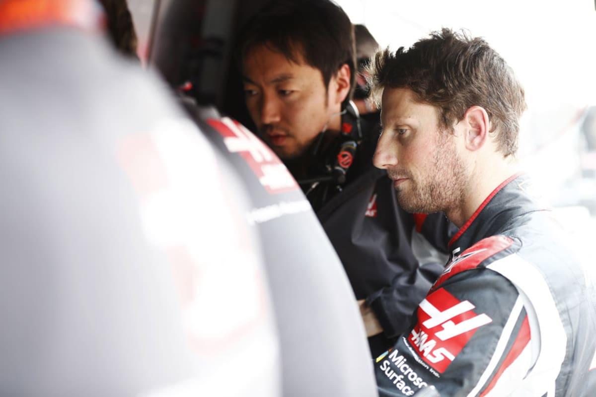 Romain Grosjean varikolla.