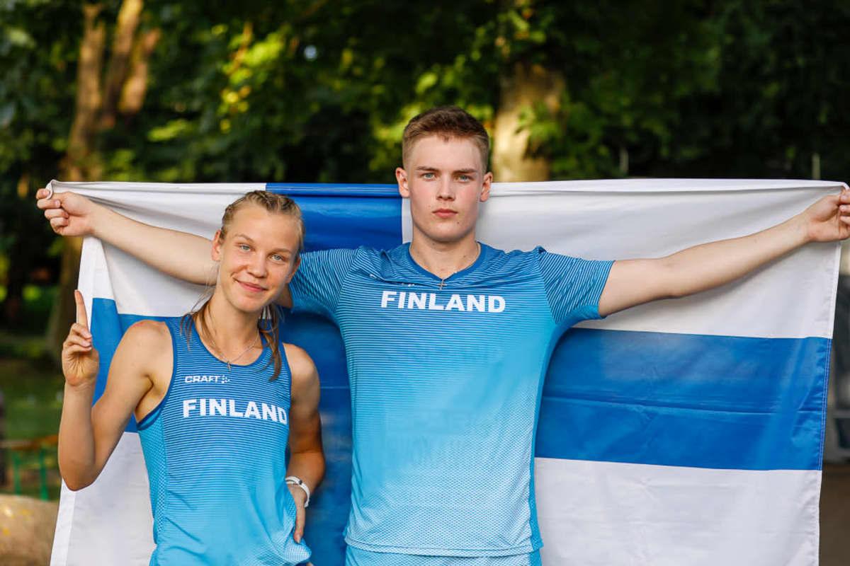 Suomalaismitalistit Ilona Mononen ja Onni Ruokangas.