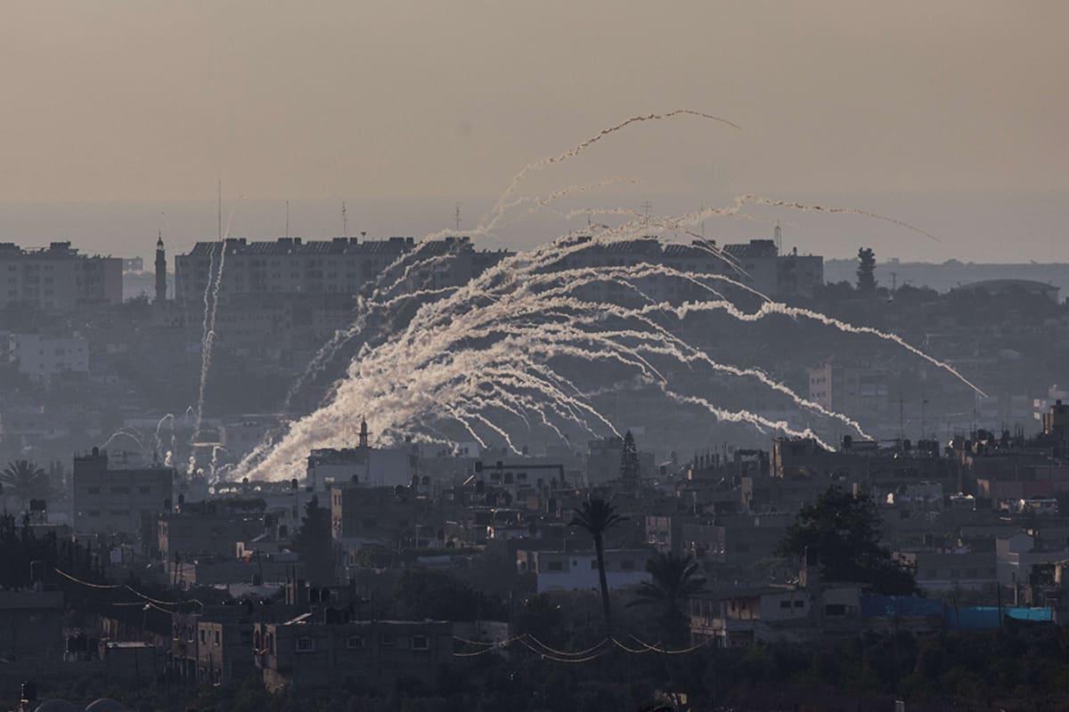 Israel iski Gazaan 8. heinäkuuta 2014, sekä useita kertoja kuluneen viikon aikana.