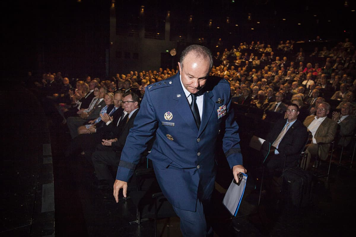 Naton korkein sotilasjohtaja Euroopassa, yhdysvaltalainen kenraali Philip M. Breedlove Helsingissä tiistaina.