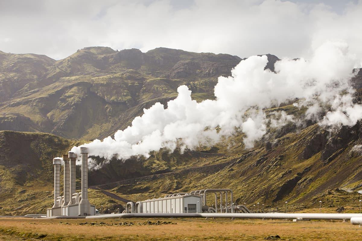 Hellisheidin geoterminen voimala Islannissa.