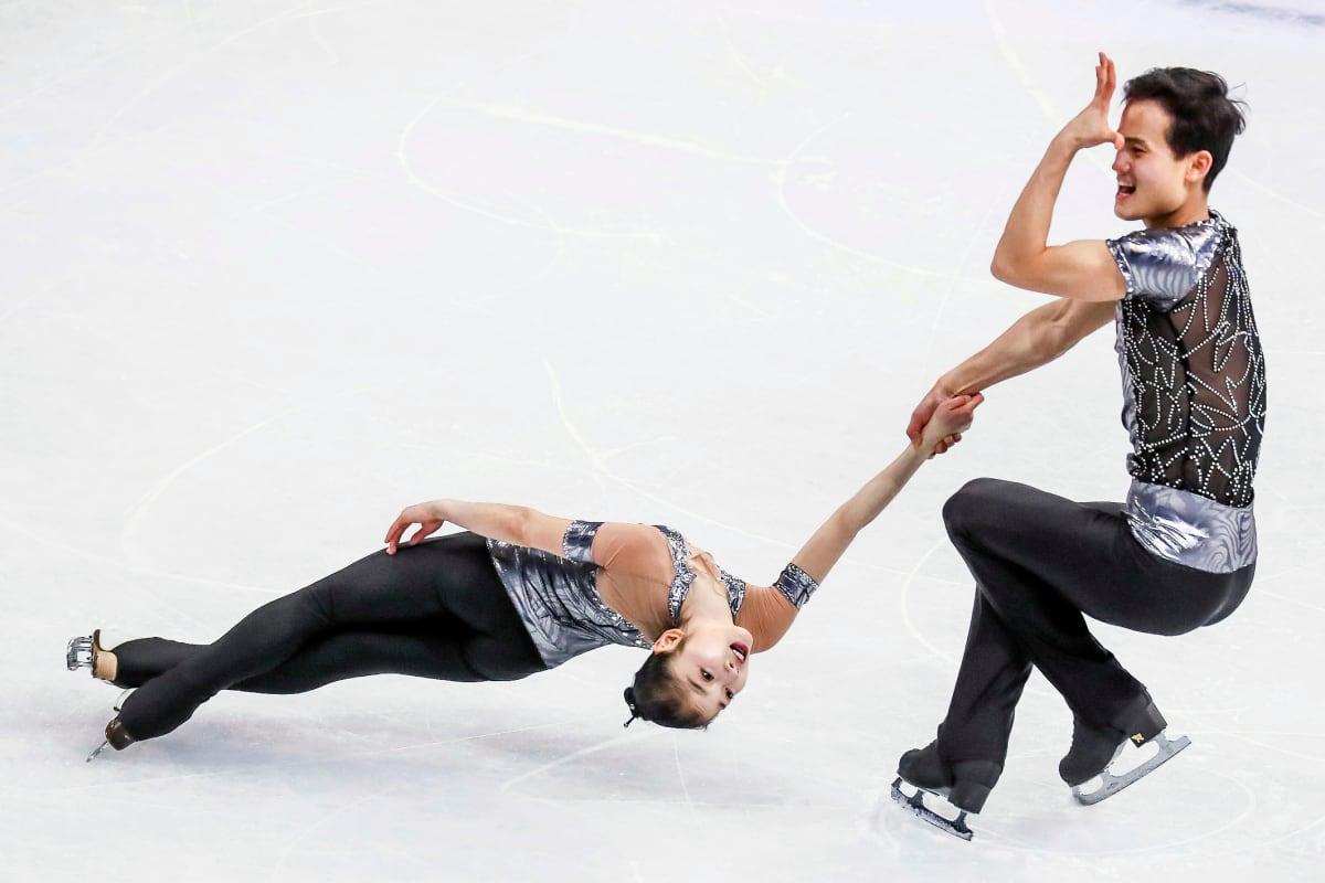 Pohjois-Korean Ryom Tae-Ok (vas.) ja Kim Ju-Sik (oik.) Helsingin MM-kisoissa 2017.