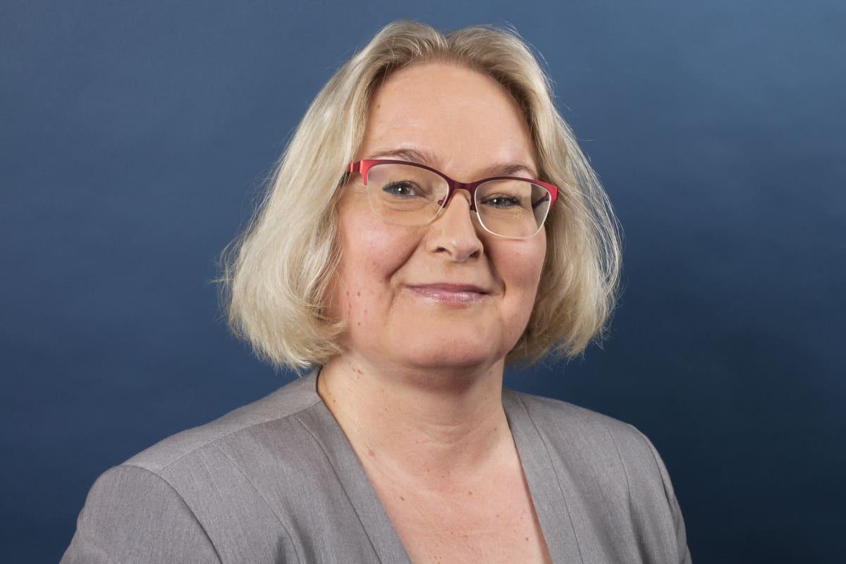 Sari Turkkila, toiminnanjohtaja, Suomen Laivameklarit ry