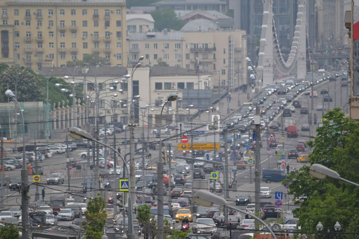 Päiväruuhkaa Moskovassa tiistaina.
