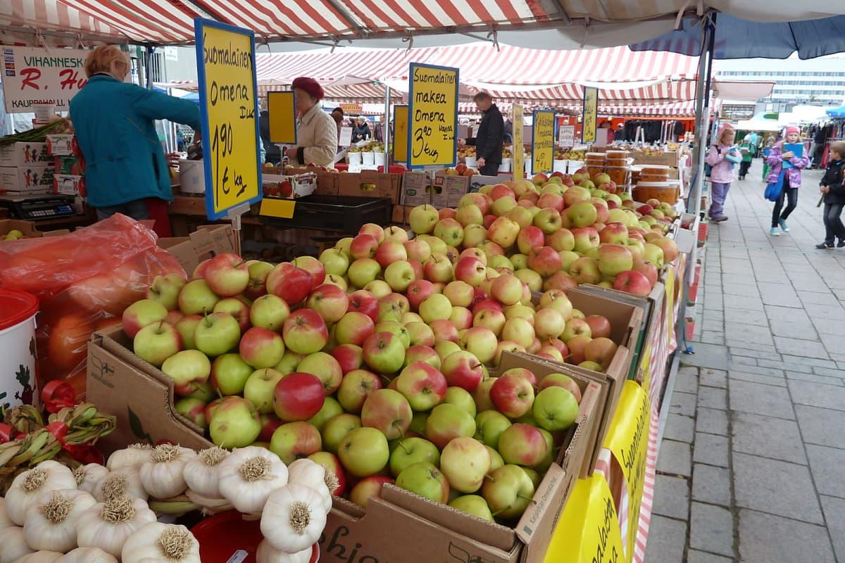 Syysmarkkinat Oulun torilla