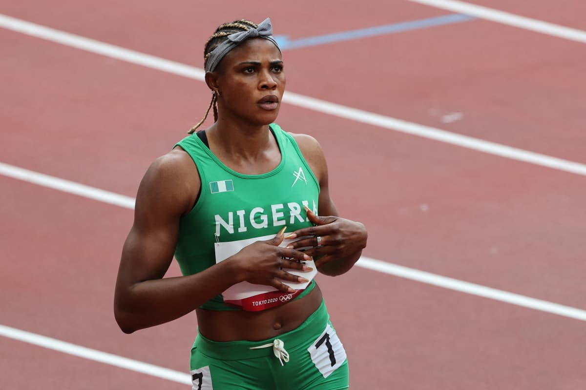 Nigerian Blessing Okagbare voitti 100 metrin alkueränsä Tokiossa ennen dopingkäryään.