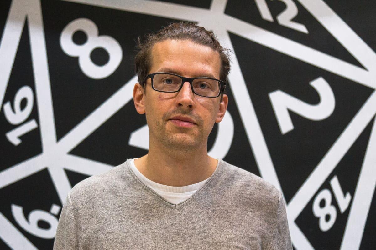 Tutkija Niklas Nylund