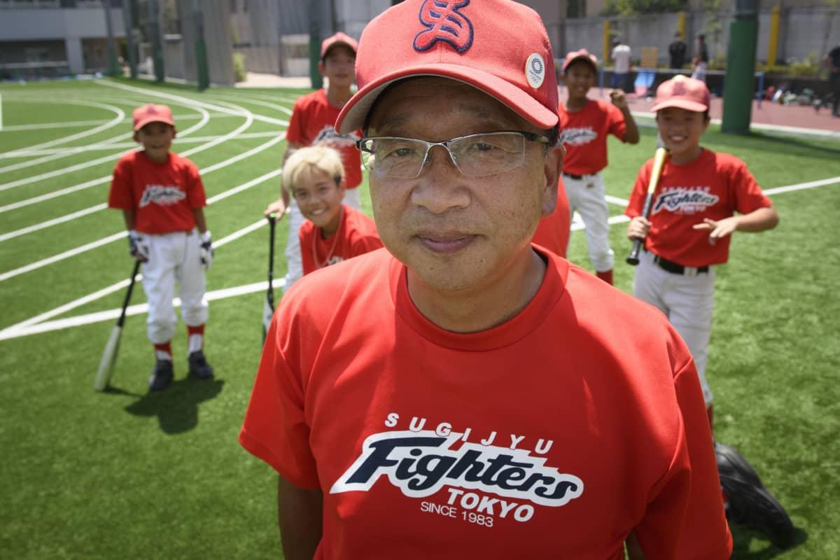 – Haluan kasvattaa pelaajia ihmisinä baseballin kautta, se on tämän joukkueen tavoite, sanoo valmentaja Takanori Sakamoto.