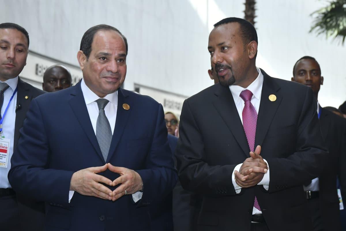 Egyptin presidentti Abdel Fattah al-Sisi ja Etiopian pääministeri Abiy Ahmed