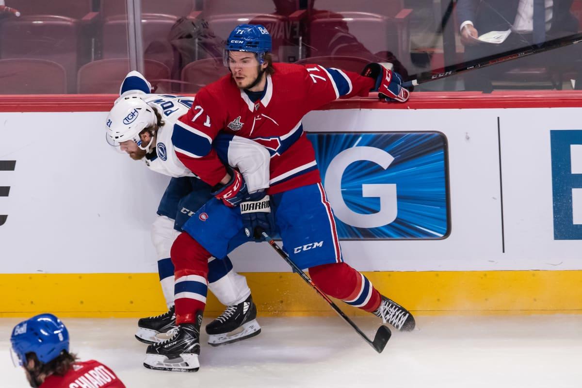 Montrealin Jake Evans ja Tampa Bayn Brayden Point Stanley Cupin finaalissa.