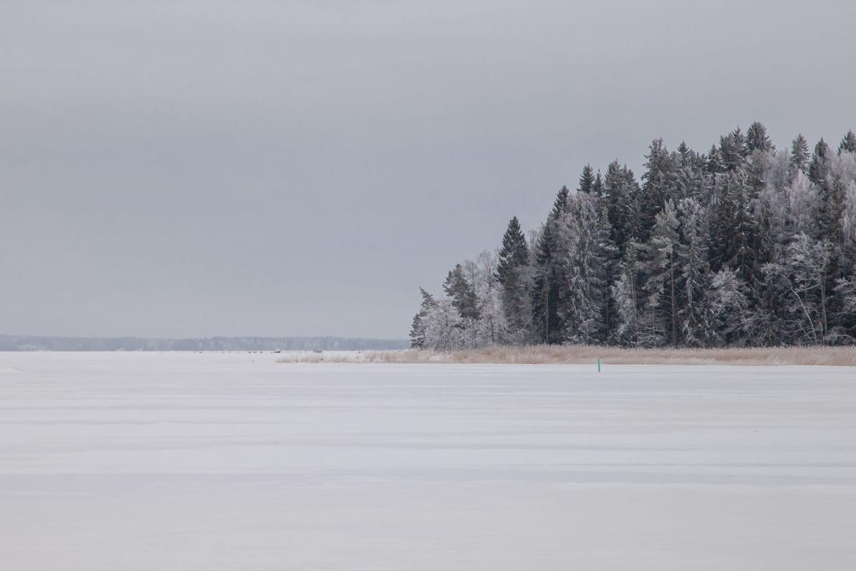 Virolahdella Huvisaaren takana siintää Venäjä.