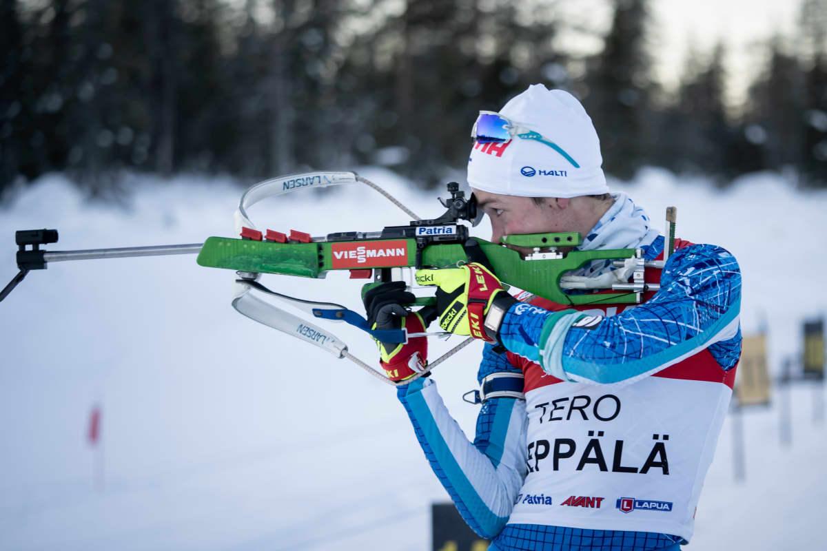 Tero Seppälä ampuu.