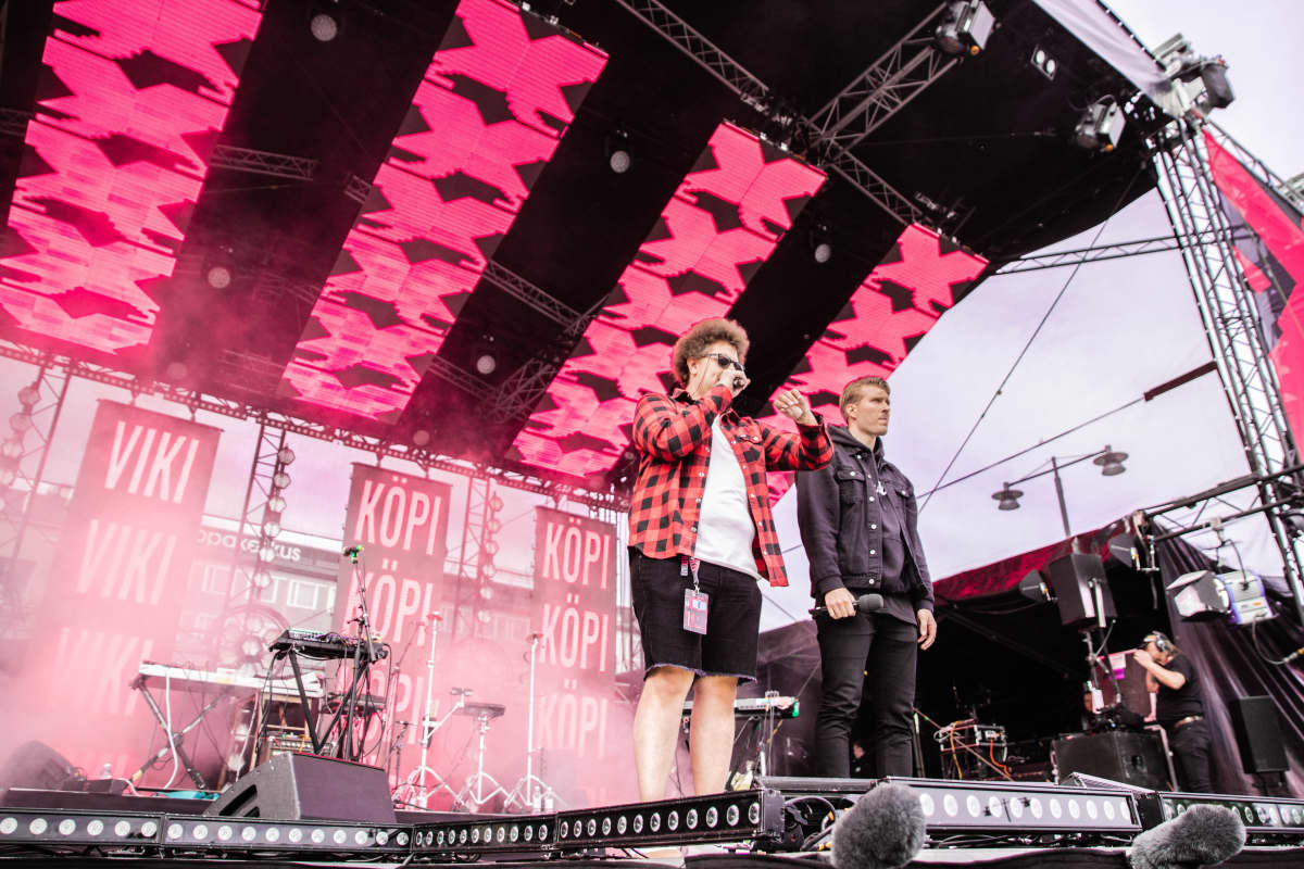 YleX Aamun Viki ja Köpi YleXPopissa kesällä 2019.