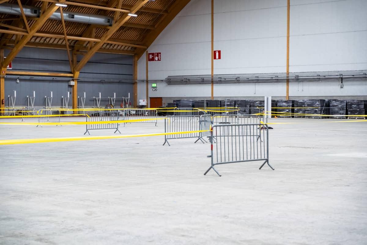Fimlabin koronavirustestauspiste Tampereen messu- ja urheilukeskuksessa.