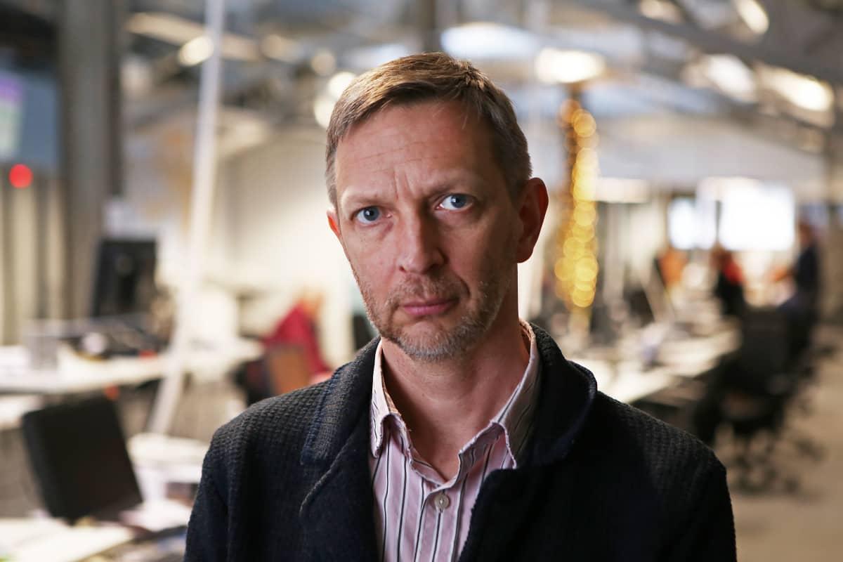 Ympäristötekniikan professori Lassi Linnanen.