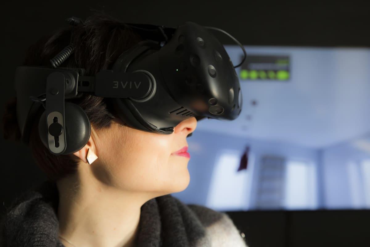 virtuaalitodellisuus, virtuaalitodellisuuslasikko, virtuaalitodellisuuskypärä