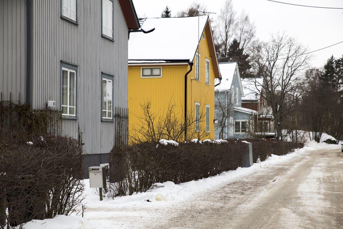 Taloja Helsingin Kumpulassa.
