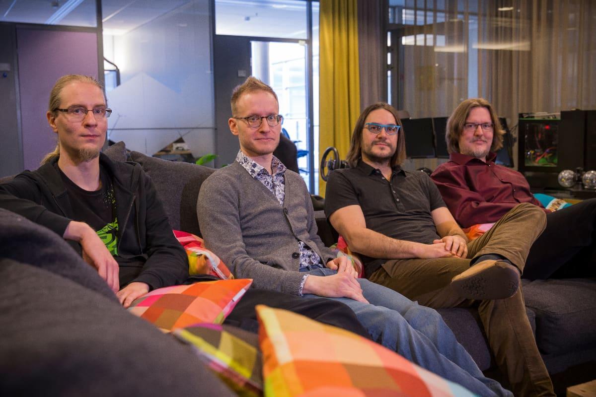 Nvidian tutkimusryhmän johtaja Tero Karras ja tutkijat Jaakko Lehtinen, Timo Aila sekä Samuli Laine.