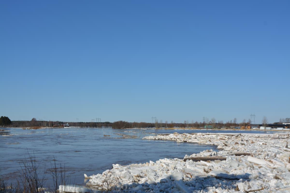Kyrönjoki tulva jääpato