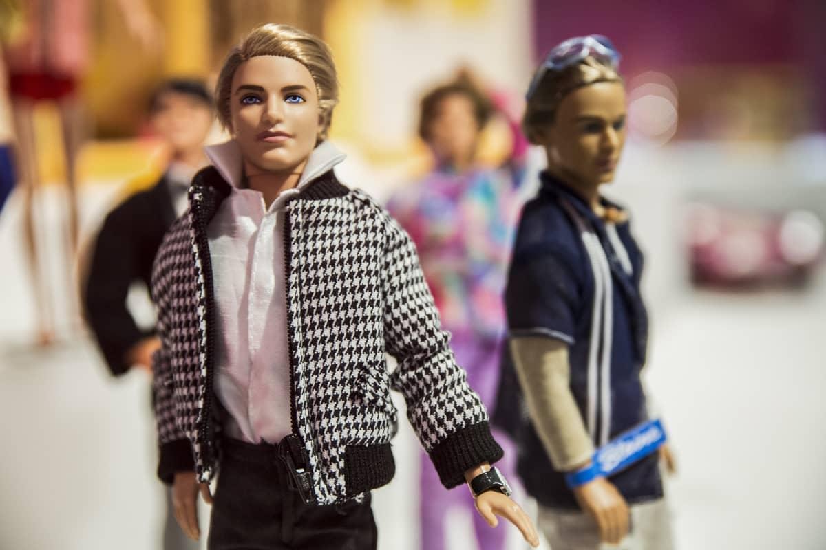 Ken, Barbie, Blaine
