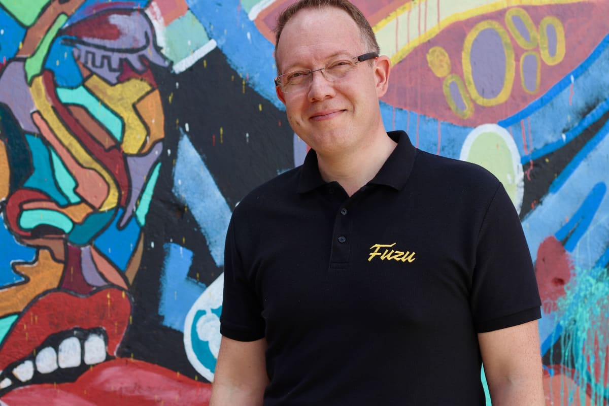 Jussi Hinkkanen, Fuzun perustaja.
