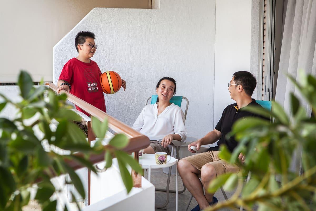 Uuden asunnon lähellä on kuntosali ja leipomo, jotka molemmat ovat Wanin perheen suosiossa.