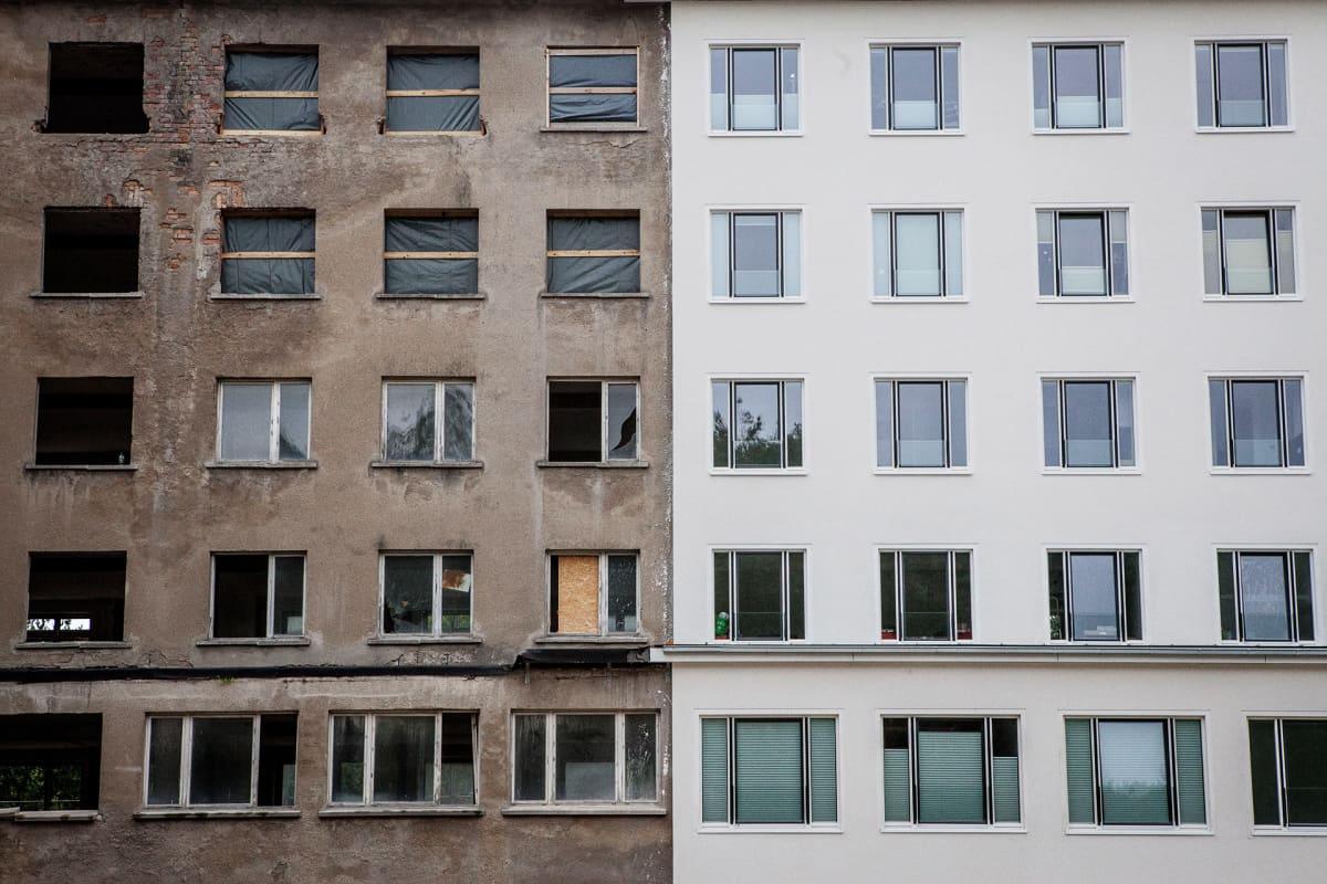 Rakennuksen seinää.