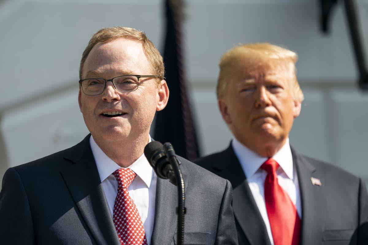 Kevin Hassett ja Donald Trump