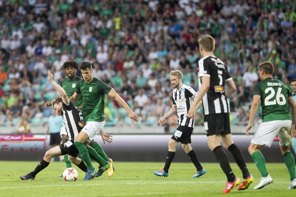Vihreäpaitainen Olimpija kohtasi Vaasan Palloseuran Eurooppa-liigan karsinnoissa vuonna 2017.