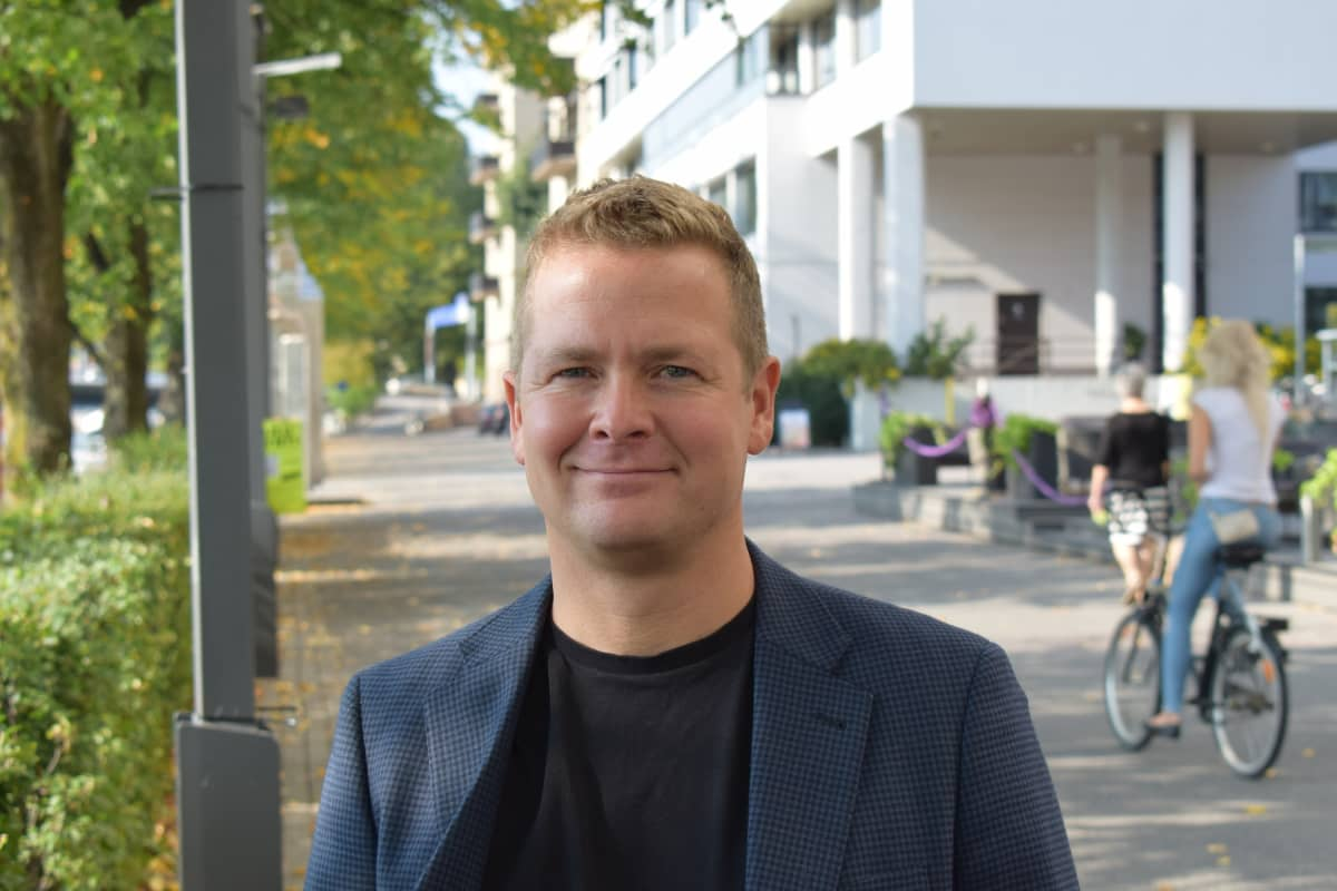 Ylilääkäri Kim Kronström.